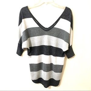 Express Sweater Metallic Black White Gray Small